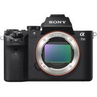 光学式5軸手ブレ補正を内蔵した35mmフルサイズセンサー対応の一眼カメラ