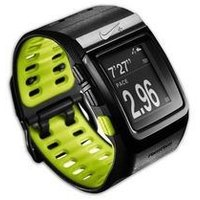 Nike+ SportWatch GPSは、シンプルかつ直感的に操作できるユーザーインターフェースを...