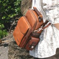 柔らかい牛革グローブレザーを使用したPenyshmintの革鞄です。コルディーはユニークで愛らしい形...