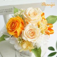 プリザーブドフラワーとは、生花を加工した「枯れないお花」です。 今、注目が高く人気のプリザーブドフラ...