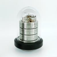 ドイツのバリゴ社(BARIGO)による卓上タイプの温湿気圧計。バリゴ社は1949年から半世紀に渡り最...