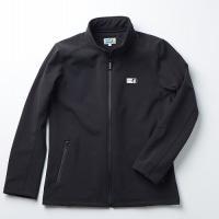 ヨーロッパで主流の素材を使用したシェルジャケットは、細身のシルエットがポイントの1着です。