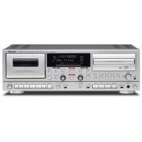 独立駆動するCDレコーダーとカセットレコーダーに豊富な入出力を装備し、様々な音源をCDに録音、または...