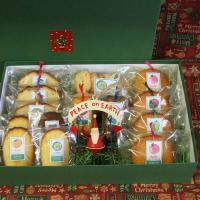 箱入りクリスマス贈答ギフト〜サンタのブリキオーナメントと和歌山産フルーツを焼き込んだ焼き菓子クリスマスギフトセット(包装済み)