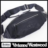 ヴィヴィアンウエストウッドのお洒落なボディバッグです。生地は黒のナイロン素材でオーブ柄がシャドウで入...