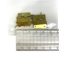 セット内容:蝶番(約15×18mm、厚さ約0.4mm)4枚、釘(長さ約11mm)16本  開閉角度:...