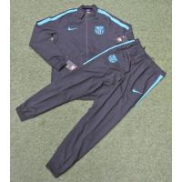 バルセロナ スクワッド メンズ サッカーウォームアップは、モックネックのジャケットとアスレチックパン...