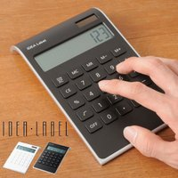 ・ゆるやかに傾き、使いやすい シンプルな電卓 必要な機能のみを搭載したシンプルな仕様の10桁の電卓で...