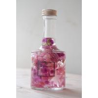 ハーバリウムとは、「植物標本」の事をさします当店のハーバリウムはドライフラワーを特殊なオイルを入れた...