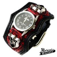 多種の革素材を巧みに組み合わせて、素材感の違いを効果的に取り込んだブレスレット型の時計。 上質なレッ...