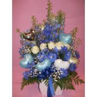 ホワイトローズ  めずらしくて大人気!生花とバルーンの組み合わせ  高さ70センチあって豪華です。 ...