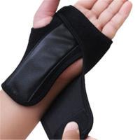 マジックテープで親指の付け根から手首全体をしっかり固定。金属のプレートがしっかり手首を保護します。 ...