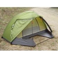 ソロ用のテントなのに、ツインルームというとても贅沢な設計のテントです。背が高くて開放感のあるテラス(...
