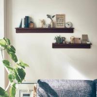 シンプルだから自由に使える。  壁のアクセントにもなる棚タイプ。キッチンの調味料置きにしたり、リビン...