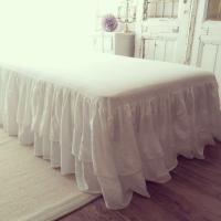 ベッドスカートで、ベッドスタイリングの完成度がグッと高まります。 ベッド本体とマットレスの下にベッド...