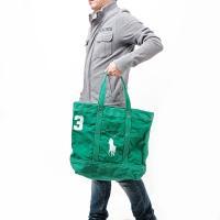 こちらは、キャンバス素材のトートバッグです。 フロントのビッグポロとナンバリングがポイントに☆ しっ...