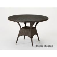 天板に強化ガラス使用。清々しい雰囲気のテーブルです。雨に濡れても丈夫なラタン風家具(人工ラタン)■サ...