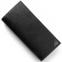 プラダの【SAFFIANO TRIANG】長財布です。上品なブラックカラーの型押し加工したカーフスキ...
