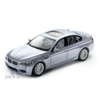 品質保証のBMW  純正 BMW ミニカー BMW M5 F10 (シルバー・ストーン2) 1/18...