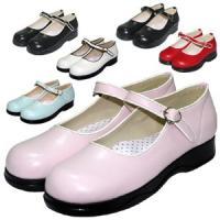 【素 材】 PU  ★ 丸いつま先にパイピングを施したシンプルでいて、優しく可愛い靴が登場。 大人か...