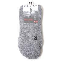 ドイツの靴下メーカー「FALKE」を代表する秋冬の定番ソックス「WALKIE」が登場。ウール素材でや...