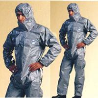 タイケムF型(タイベックプロテックF型)防護服 特長    * 高圧水洗浄機等を使用する汚染除去作業...