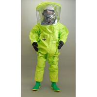 使用素材は、260種類におよぶ危険な化学物質に対する透過試験ですべてにたいして、8時間以上の耐久性が...