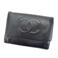 ■管理番号:A1134  【商品説明】 シャネルの  三つ折り財布です。 定番人気のココマーク入り☆...