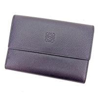 ■管理番号:E1182  【商品説明】 ロエベ【LOEWE】の  三つ折り財布です。 シンプルなデザ...