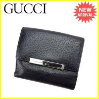 ■管理番号:I408  【商品説明】 グッチの  Wホック財布です。 スタイリッシュなロゴプレート付...