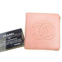 ■管理番号:L1539  【商品説明】 シャネル【CHANEL】の  二つ折り財布です。  ◆ランク...