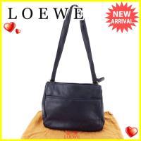 ■管理番号:A1708  【商品説明】 ロエベ【LOEWE】の  ショルダーバッグです。 定番人気の...