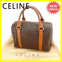 ■管理番号:A964  【商品説明】 セリーヌの  ハンドバッグです。 定番人気の上品なマカダム柄☆...