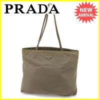 ■管理番号:J16557  【商品説明】 プラダ【PRADA】の  トートバッグです。 内側にファス...