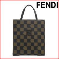 ■管理番号:X12361 【商品説明】 フェンディ【FENDI】の  ハンドバッグです。 ◆ランク ...