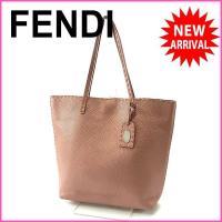 ■管理番号:X7839 【商品説明】 フェンディの 「ネームタグ付き」 トートバッグです♪ 定番人気...