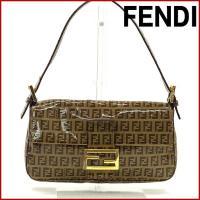 ■管理番号:X9645 【商品説明】 フェンディ【FENDI】の マンマバケット ハンドバッグです。...