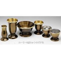 国産(高岡製)真鍮製のモダン仏具の中でも手ごろな価格で、どの仏壇にも合わせやすいオシャレなデザイン仏...