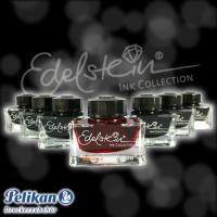絵の具の生産からスタートしたペリカン/Pelikan。製品の品質を保証するために、当時ヨーロッパでも...
