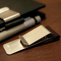 お手持ちの手帳やノートに簡単に装着できるクリップ式の外付けペンホルダー。モレスキン(モールスキン)ユ...
