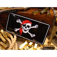 海賊好きに贈るライセンスプレートをアメリカで発見してきました!  こんなのが用意されてるなんて、さす...