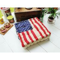 星条旗をバーンとデザインしたフカフカ仕様のチェアークッションです。  厚みのあるいわゆる座布団タイプ...