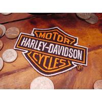 ハーレーダビッドソンの伝統のエンブレム「バー&シールド」を刺繍ワッペンで再現したのがこちら!  ハー...