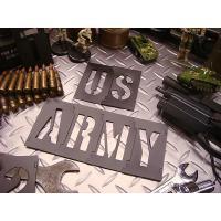 U.S.アーミーが戦車やミサイル木箱にスプレーで英文字を入れてるあれをそのままマネできちゃうというア...