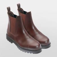 耐久性/透湿性に優れたヨーロッパ製本革を使用した、ライダーにとって実用的なショートブーツです。 つま...