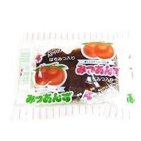 サイズ約90mm×70mm 杏・蜂蜜・水飴などで、ねった元祖駄菓子。