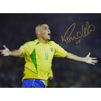 ロナウド 直筆サインフォト 2002 ワールドカップ 決勝ゴール (Ronaldo Signed Brazil Photo: World Cup Final Goal)|cardfanatic