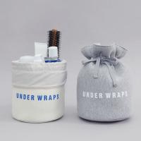 1.しっかりとした丸底の巾着多用途ポーチ。 2.化粧品などを立てて収納ができ、持ち運びに便利です。 ...