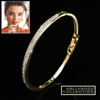パヴェダイヤモンド 18金ゴールドバングルは美しいパヴェダイヤモンドCZと研磨ゴールドメタルがシャー...