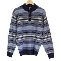 「クロコダイル」の使いやすい毛混ハイネックセーター。 ハイネックであったかで、首元がボタンなので頭通...